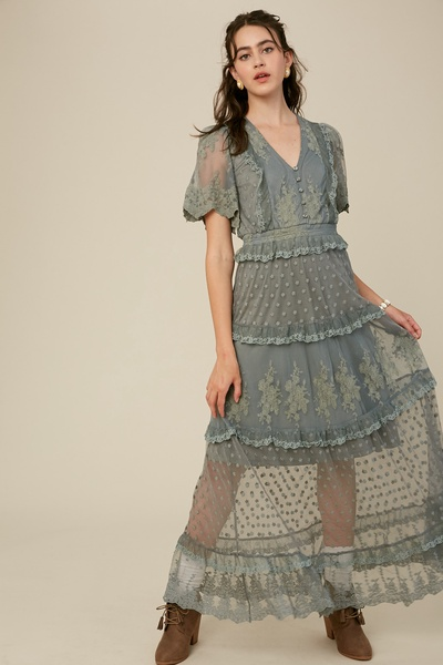 EMBROIDERY MESH LACE V-NECK MAXI DRESS