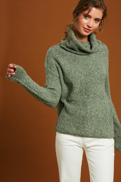 TWO TONE SOFT TOUCH TURTLE NECK PULLOVER SWEATER
