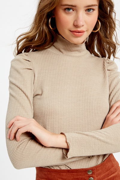 RIBBED RAW EDGE MOCK NECK KNIT TOP