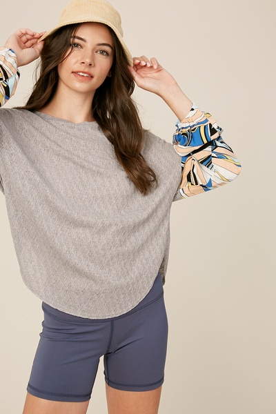 RIBBED DROP SHOULDER TOP WITH PRINT PUFF SLEEVES
