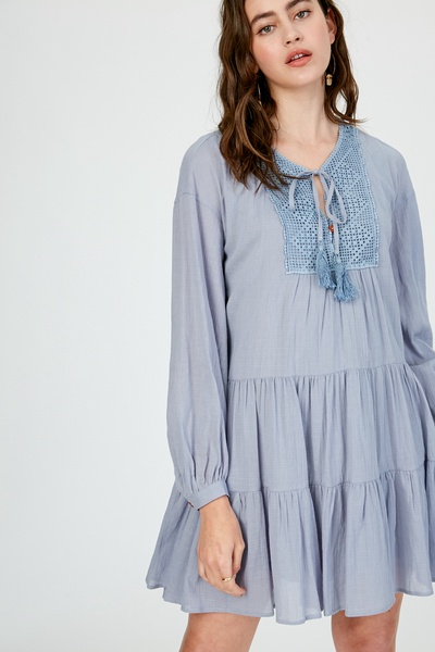 LINEN TEXTURED COTTON FRONT KEYHOLE TIERED DRESS