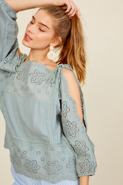 EMBROIDERY COTTON COLD SHOULDER TOP