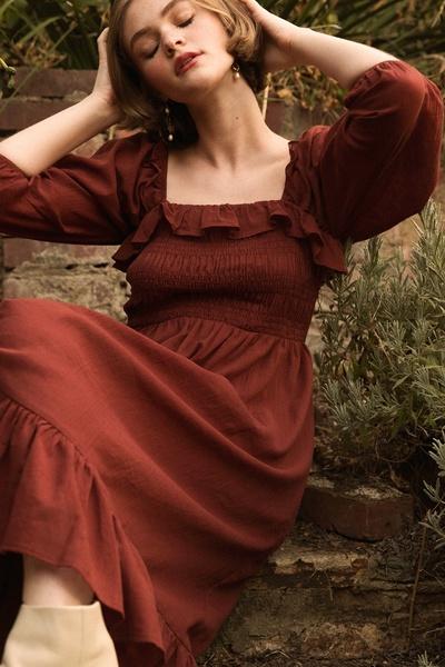 LINEN COTTON SQUARE NECK SMOCKING RUFFLE MID DRESS