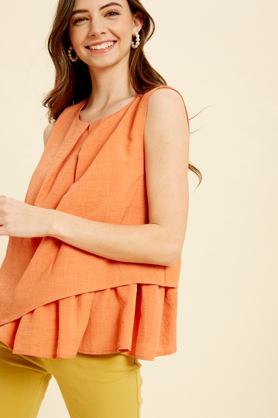 LAYERED ROUND NECK SLEEVELESS TOP