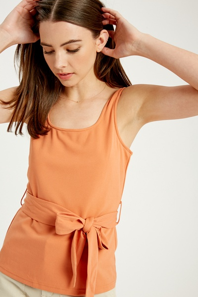 STRETCHED TIE WAIST PEPLUM KNITTED TANK TOP