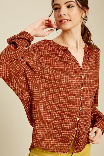 GINGHAM PRINTED FRONT KEYHOLE BUTTON DOWN TOP