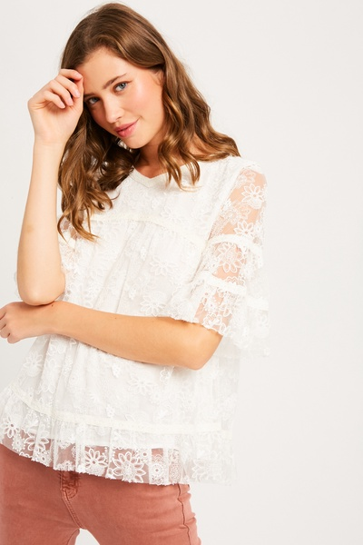 EMBROIDERY LACE MID SLEEVE TOP