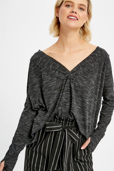 V-NECK RIBBED LOOSE FIT TOP