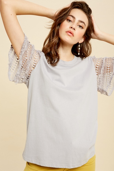 CROCHET LACE BELL SLEEVE T-SHIRT