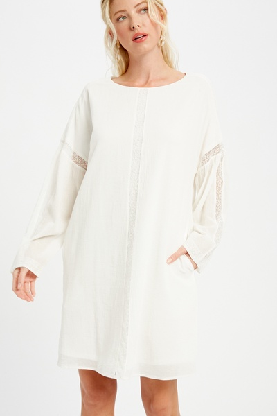 TEXTURED ROUND NECK SHIFT DRESS WITH LACE